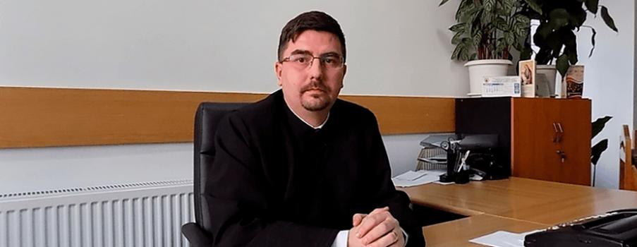 Secretar Pr. Emanuel Cristian Vidican