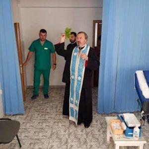 Preoții din cadrul Protopopiatului Ortodox Bistrita la Centrul de Transfuzie Sanguina